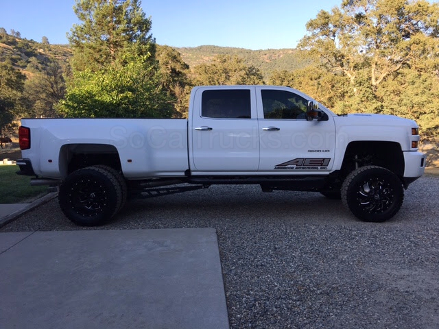 2017 chevrolet 3500 hd crew cab dually 4x4 duramax socal trucks. Black Bedroom Furniture Sets. Home Design Ideas